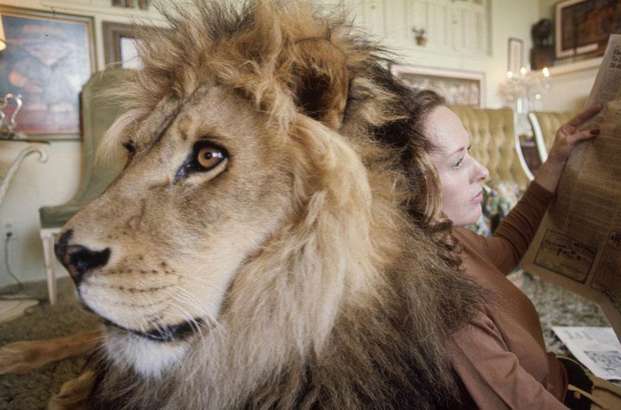 pet-lion-neil-film-michael-rougier-8