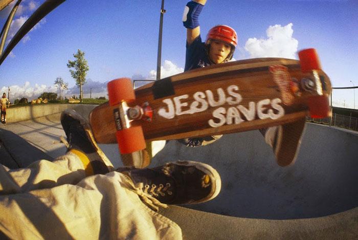 california-skateboarding-culture-skater-1970s-locals-only-hugh-holland-5 kopio